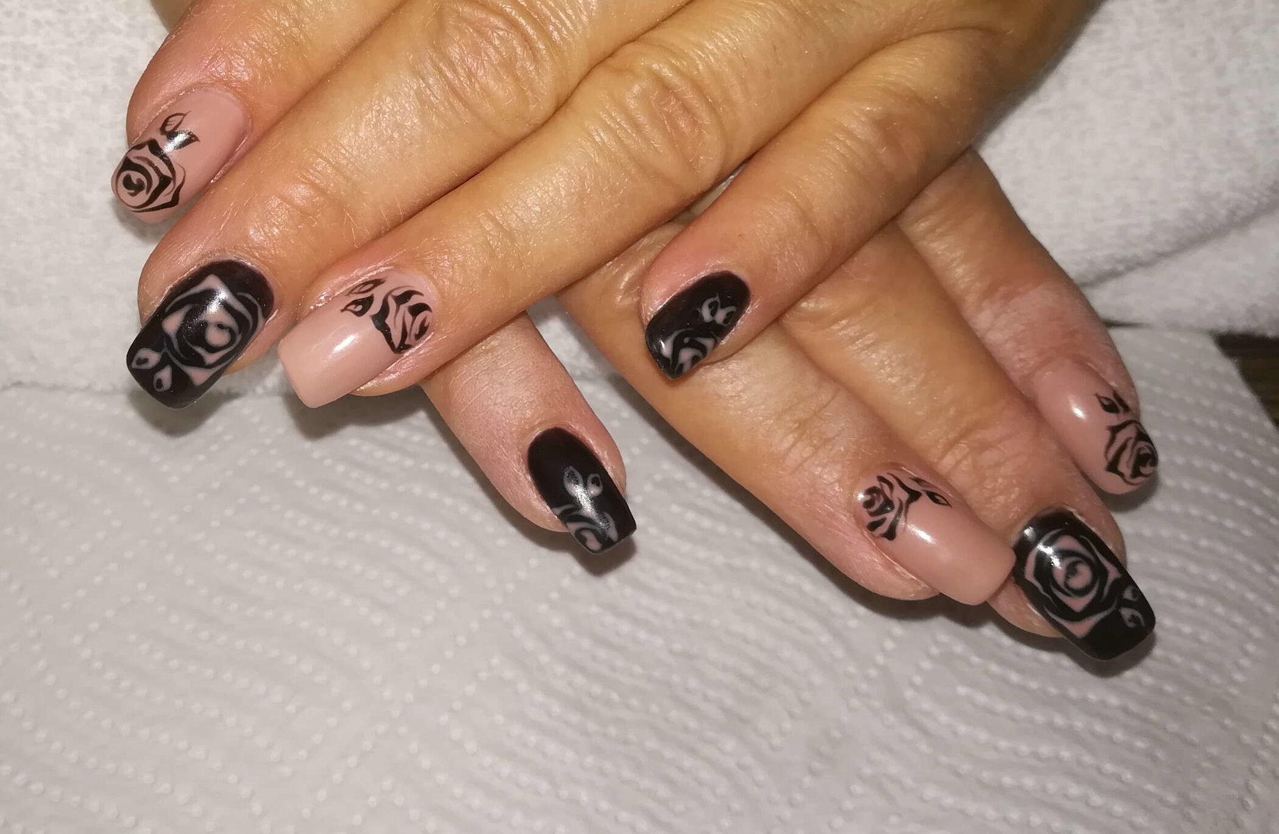 kreatives Nageldesign von Melinda's Nails