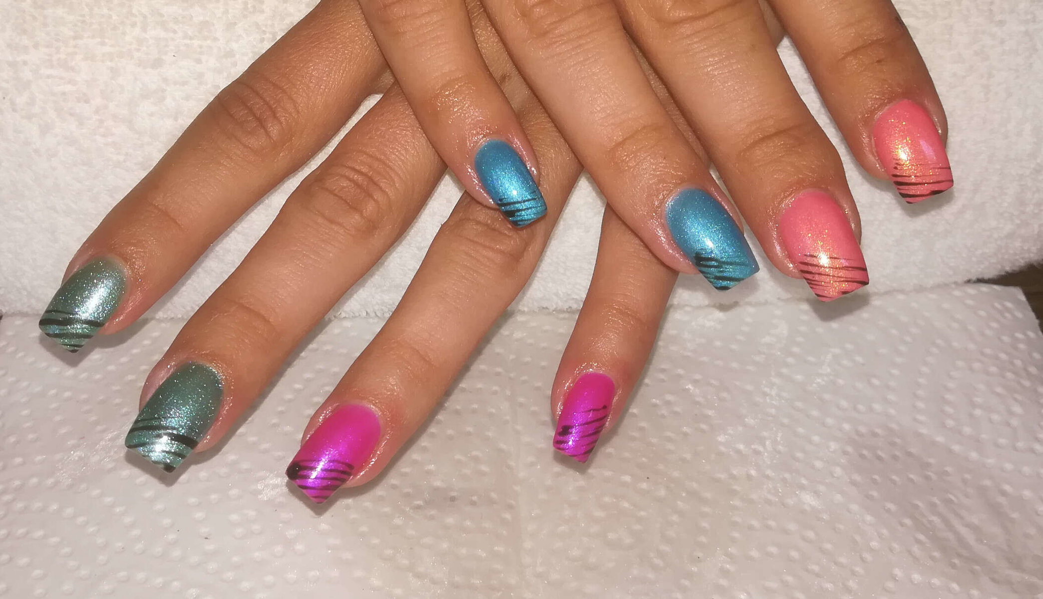 farbenfrohes Naildesign von Melinda's Nails